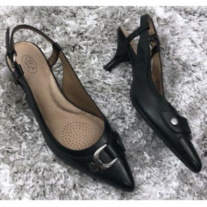 Joan & David Circa Kitten Heels 7.5 Slingback
